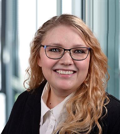 Anita Tiefau von Hörtkorn Finanzen - Marketing Managerin