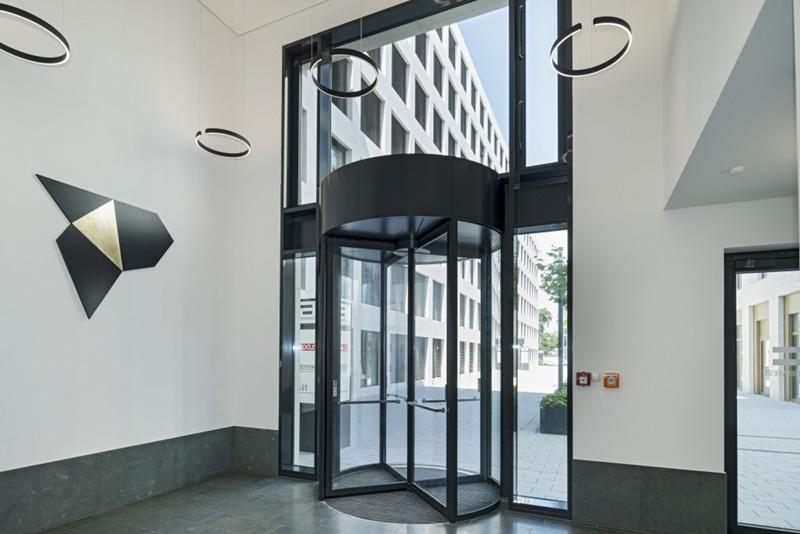 Drehtür der Kapitalanlage / des Objekts Quartier West, Darmstadt